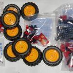 Конструктор машина formula 1 кроссовер с резиновыми колёсами 360 деталей легосовместимый