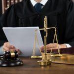 Опытные судебные юристы.